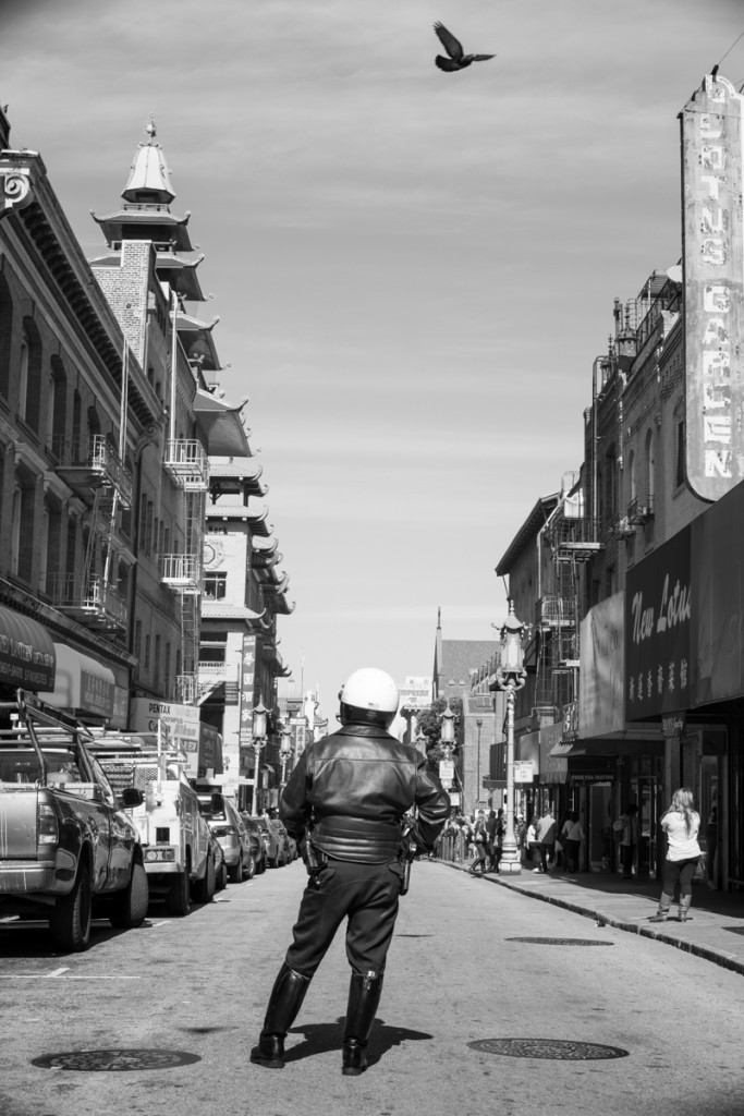 IMAGE: http://www.grahamclarkphoto.com/wp-content/uploads/2014/02/Chinatown_in_Black_and_White2-683x1024.jpg