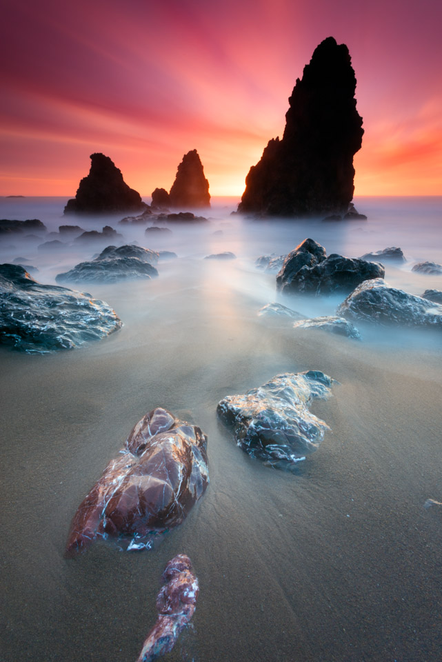 IMAGE: http://www.grahamclarkphoto.com/wp-content/uploads/2014/02/Sony-A7R-Sunset-Long-Exposure-with-Canon-17-40mm.jpg